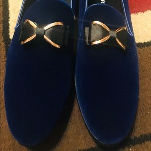 Men dress shoes: Blue suede, Brand new in box